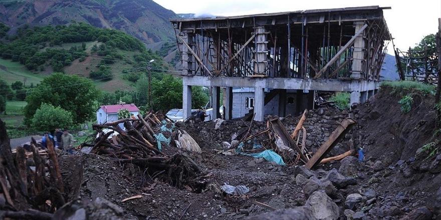 İçişleri Bakanlığı: Deprem Sonrası 2'si 4 Üzeri Olmak Üzere 90 Artçı Deprem Meydana Gelmiştir