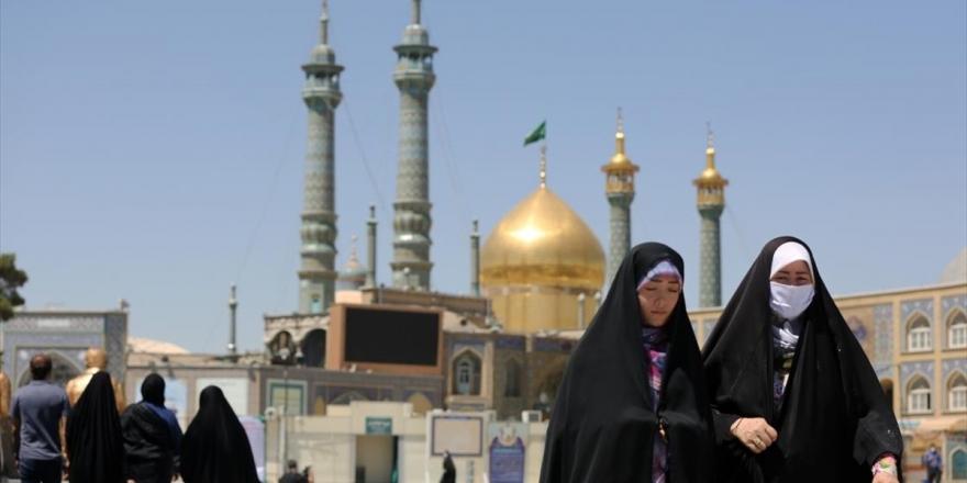 İran'da Kovid-19'un Ortaya Çıktığı Kum'da Yasaklar Kaldırılsa Da Halk, Evden Çıkmıyor