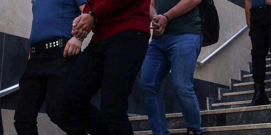 İstanbul'da FETÖ'ye Yönelik Operasyonda 34 Gözaltı