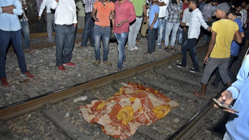 Hindistan'da Tren Faciası: Yüze Yakın İnsan Hayatını Kaybetti