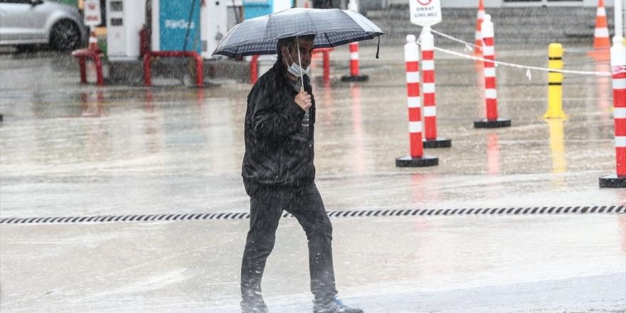 Meteorolojiden Kuzey Ve İç Kesimler İçin Sağanak Uyarısı