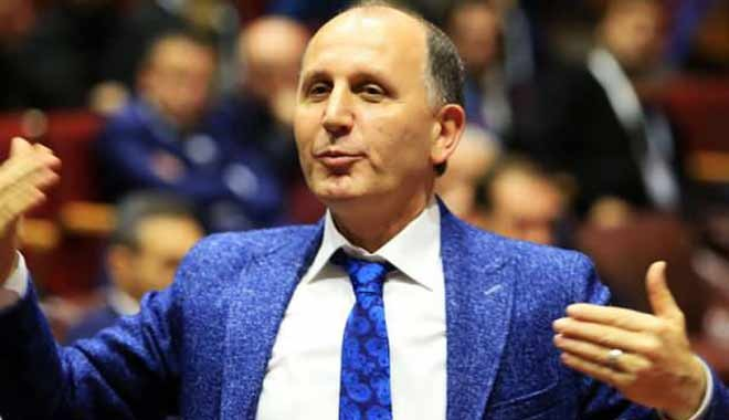 Muharrem Usta, 38 milyonluk alacağını Trabzonspor'a bağışladı