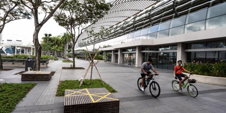 Singapur'da 247, Japonya'da 32, Malezya'da 10 Yeni Kovid-19 Vakası Görüldü