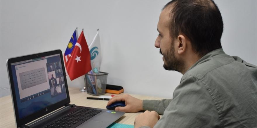 Yunus Emre Enstitüsü, Asya'daki Türkçe Sevdalılarıyla İnternet Üzerinden Buluşuyor