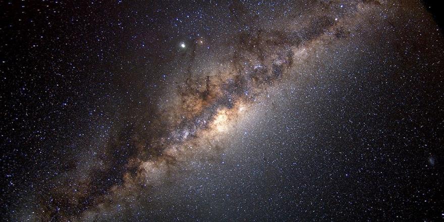 Samanyolu Galaksisi'nde 6 Milyar Yıldız Dünya Benzeri Gezegene Sahip Olabilir