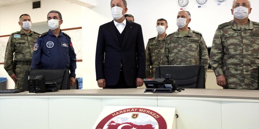 Pençe-kaplan Operasyonu'nun İlk 36 Saatinde 500'den Fazla Terör Hedefi İmha Edildi
