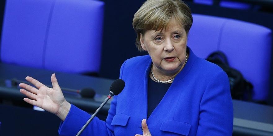 Merkel: Salgının Ortasında AB Dönem Başkanlığı Almanya İçin Büyük Bir Sınama