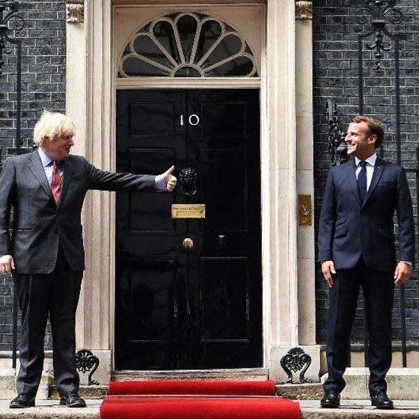 Macron, ilk yurt dışı ziyaretini İngiltere'ye yaptı