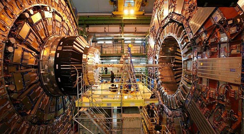 AVRUPA NÜKLEER ARAŞTIRMA MERKEZİ (CERN), 100 KİLOMETRE UZUNLUĞUNDA YENİ BİR HADRON ÇARPIŞTIRICISI İNŞA ETMEYE HAZIRLANIYOR