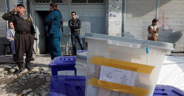 Afganistan Seçimlerinde İntihar Bombacısı Ölüm Saçtı