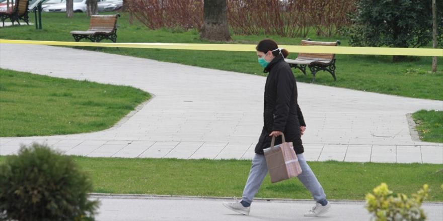 Sırbistan'da Halk Koronavirüs Salgını Gölgesinde Sandığa Gidiyor