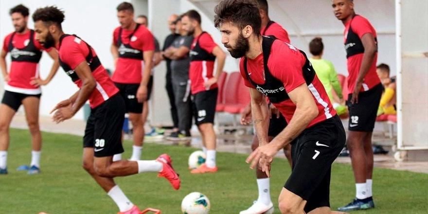Antalyaspor Ligde Yenilmezliğini 10 Maça Çıkarmak İstiyor
