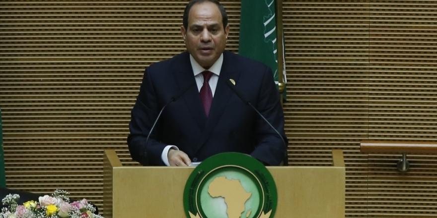 Libya Parlamentosu Mısır Cumhurbaşkanı Sisi'nin 'Askeri Müdahale' Tehdidini Kınadı