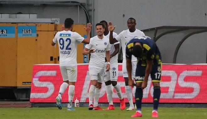 Fenerbahçe, Kasımpaşa'ya da yenilerek yara aldı