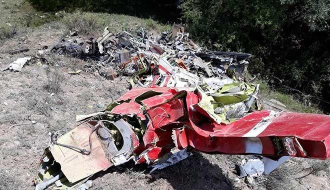 Ankara Beypazarı'nda eğitim uçağı düştü! Uçağın düşme anı ortaya çıktı