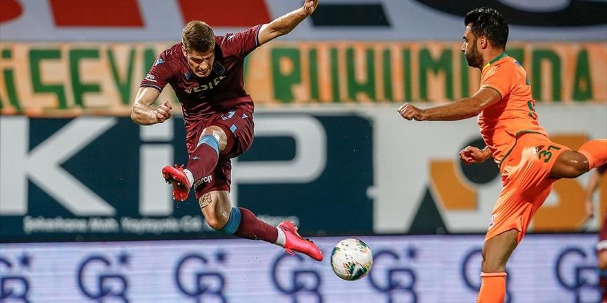 Kupa Finalistleri Süper Lig'de Puanları Paylaştı
