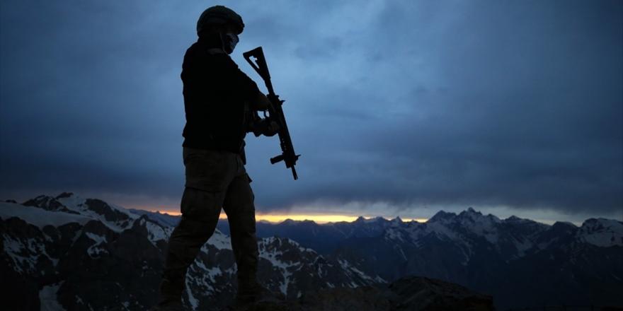 Hakkari'de Bir Asker İran'dan Açılan Taciz Ateşi Sonucu Şehit Oldu