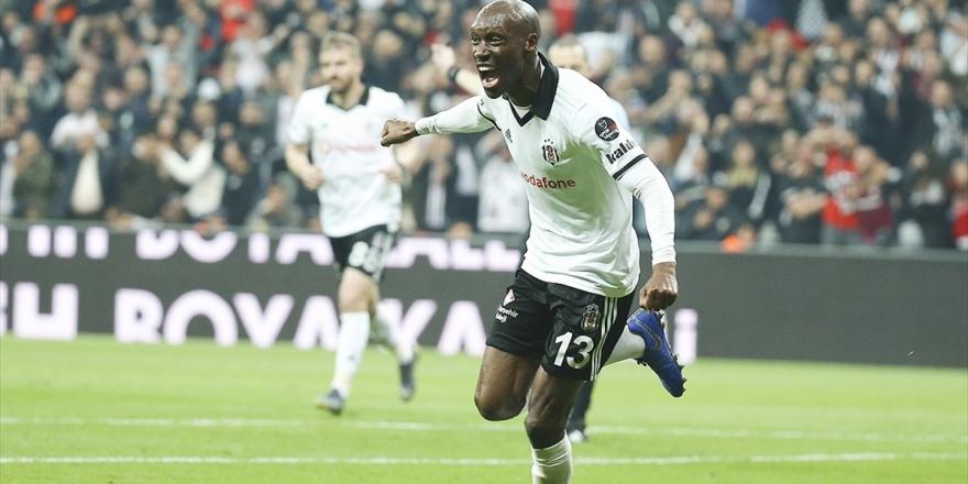 Rekortmen Atiba Hutchinson, Beşiktaş'ta İkinci 'Dalya'ya Hazırlanıyor