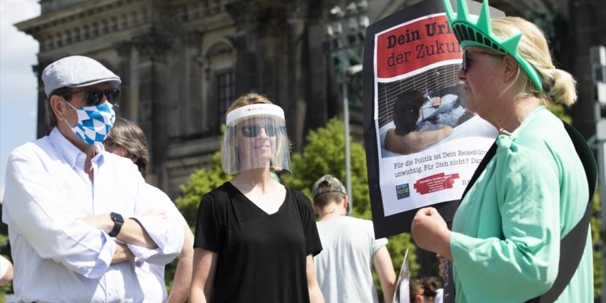 Almanya'da Kovid-19 Salgınında İkinci Dalga Endişesi Artıyor