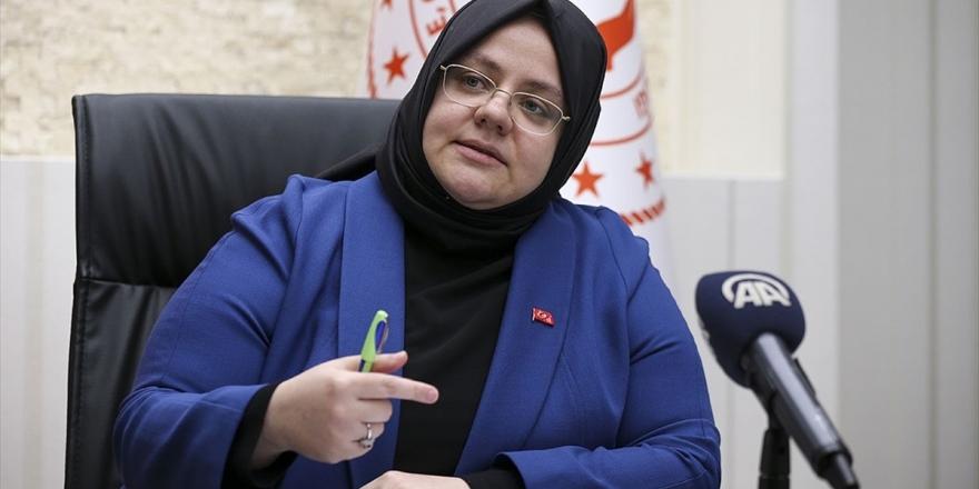 Aile, Çalışma Ve Sosyal Hizmetler Bakanlığı Dijital Tehlikelere Geçit Vermiyor