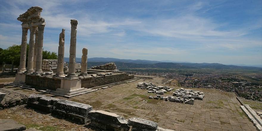 Dünya Mirası Bergama'nın Tarihini Değiştiren Yeni Buluntular Ortaya Çıktı