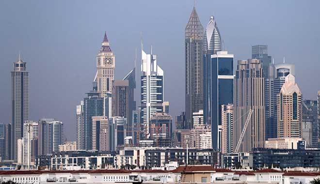 Sabah başyazarı Barlas: Bunca düşman yetmezmiş gibi şimdi de başımıza Birleşik Arap Emirlikleri çıktı