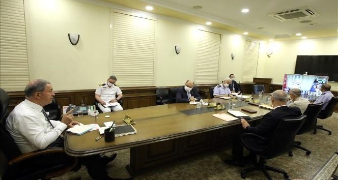 Bakan Akar, Pençe-Kaplan Operasyonu'ndaki gelişmeleri paylaştı