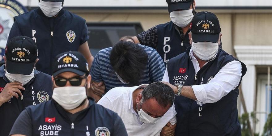 Bakan Albayrak Ve Ailesine Yönelik Hakaret İçerikli Paylaşımda Bulunan 2 Kişi Tutuklandı