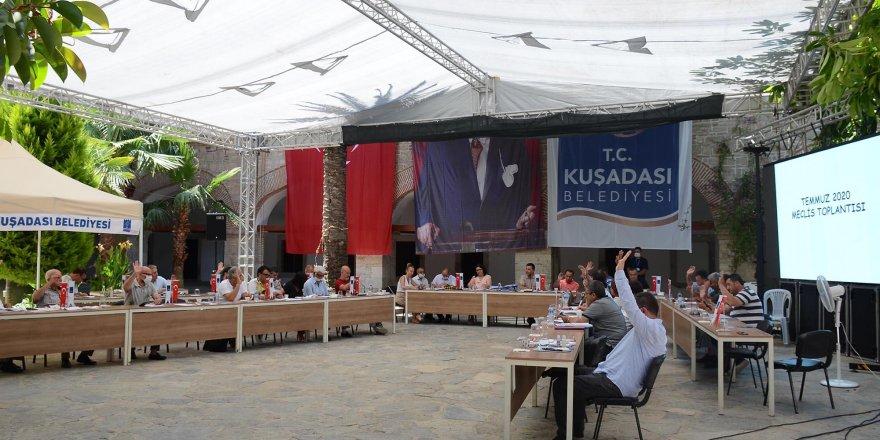 """KUŞADASI BELEDİYESİ'NDEN ESNAFA """"PANDEMİ DESTEĞİ"""""""