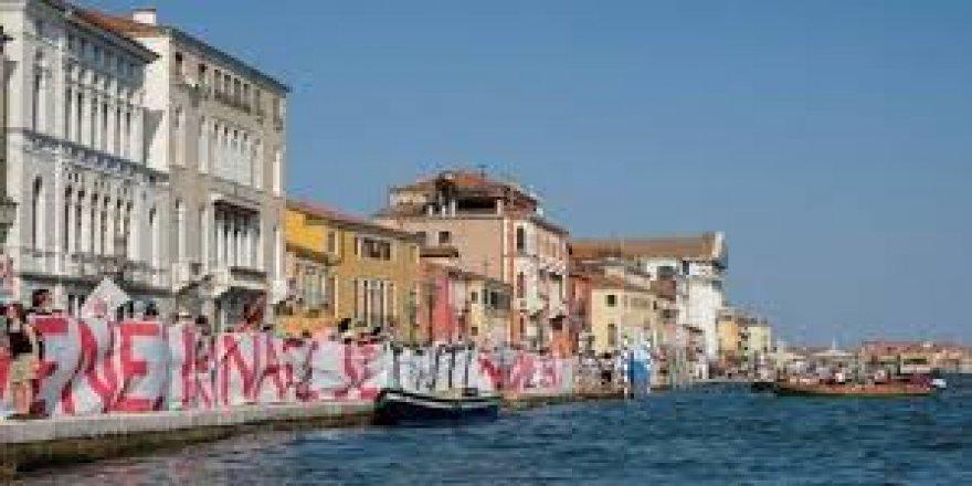 Venedikliler'den ''Sorumlu Turizm'' Çağrısı