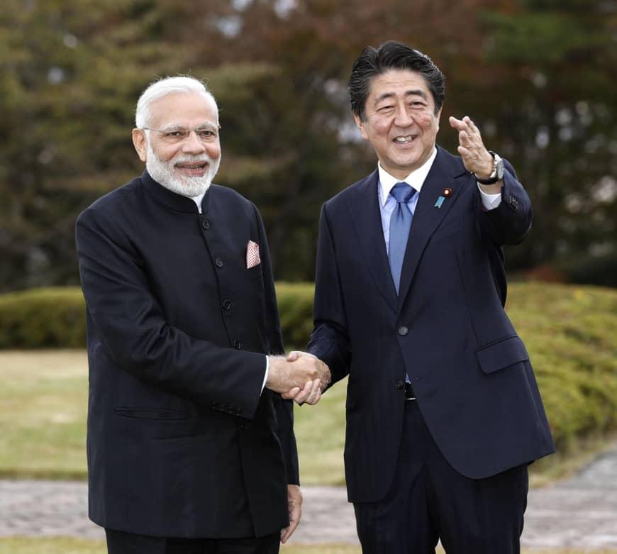 Asya Ülkeleri'nin Çin İlişkisi : Bir Eliyle Tokalaşıyor,Diğer Elinde Hançeri Gizliyor