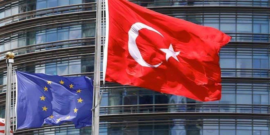 Avrupa Birliği seyahat listesini daralttı, Türkiye'ye kısıtlama devam