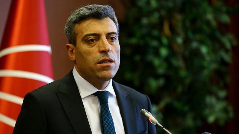 CHP'DE KILIÇLAR ÇEKİLDİ