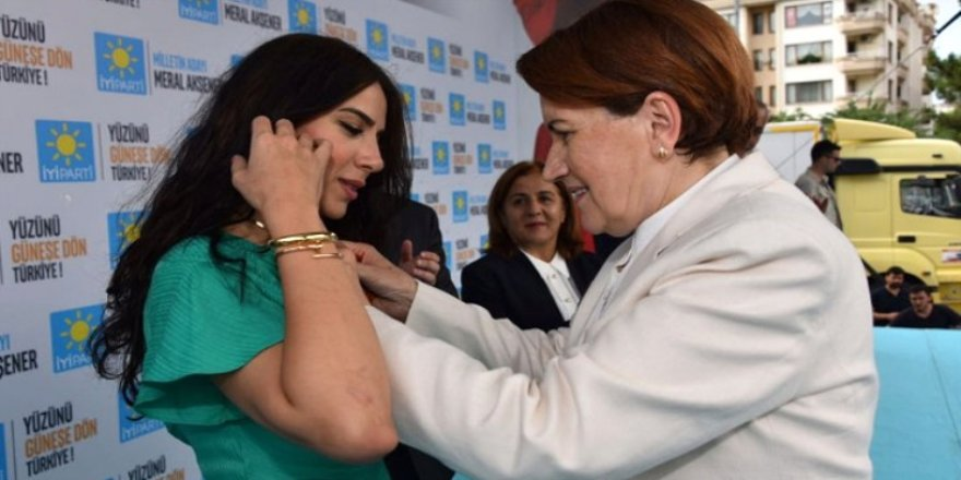 İYİ Parti Genel Başkanı Meral Akşener'in Efsane Başkanın Kızı Diye Tanıttığı İsim İYİ Parti'den İstifa Etti