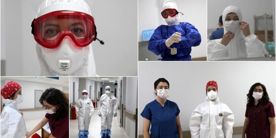 Kovid-19 İle Mücadelenin 'Beyaz Melekleri' Hastalara Moral Veriyor