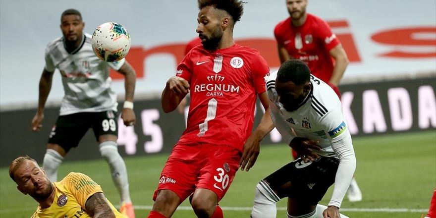 Beşiktaş İle Antalyaspor 49. Maça Çıkıyor
