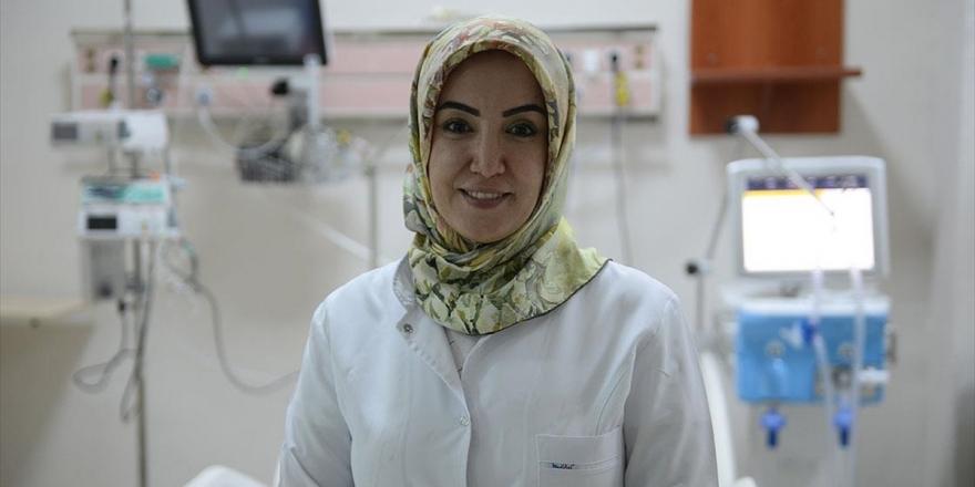 Dr. Özlem Çağasar: Sağlık Çalışanlarının Sırılsıklam Olduklarını İnsanlarımız Görse Daha Duyarlı Olurlar