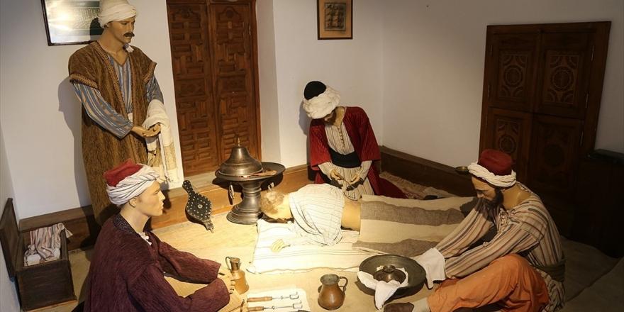 Osmanlı'da 'İnsana Verilen Değerin' Anlatıldığı Müze İlgi Görüyor