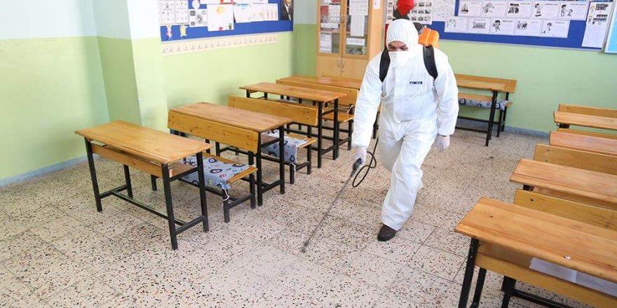 MEB: Okul binalarına kimse alınamayacak