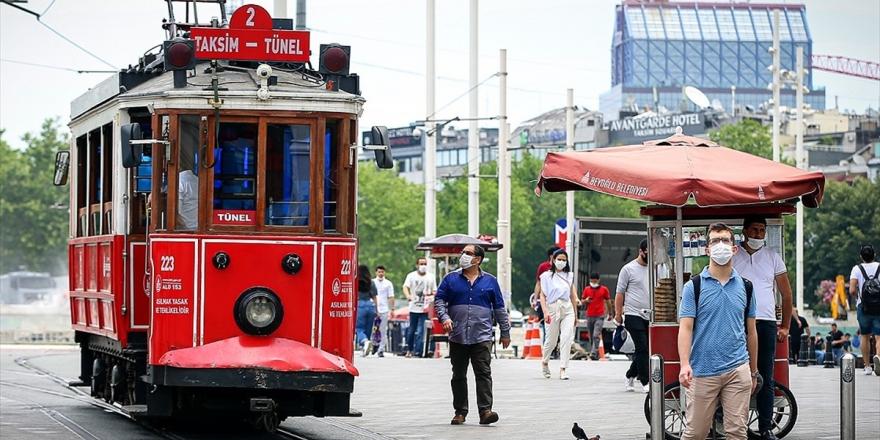 İstanbul'a Dönüş Yapanlar İçin '14 Gün İzole Olun' Uyarısı