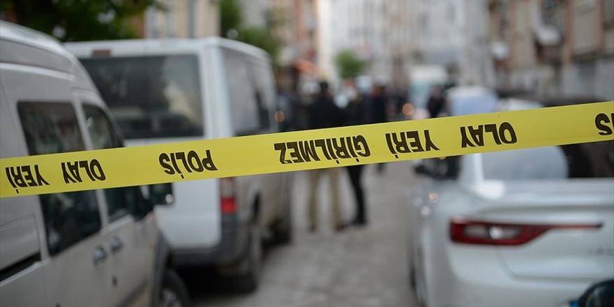 ABD'li Gazeteci Andre Vltchek Araç İçinde Ölü Bulundu