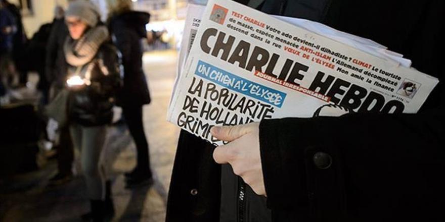 İslam'a Karşı Ayrımcılığa Sessiz Kalan Fransız Medyasından 'Charlie Hebdo'ya Destek' Çağrısı