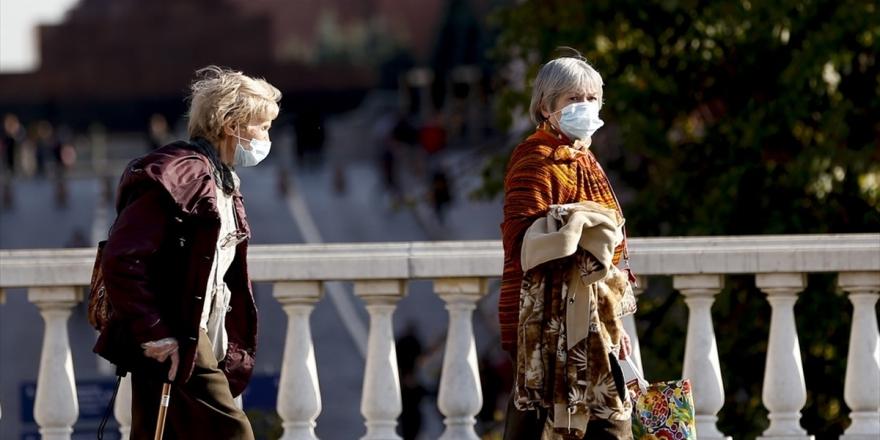 Dünya Genelinde Kovid-19 Tespit Edilen Kişi Sayısı 32 Milyon 104 Bini Aştı