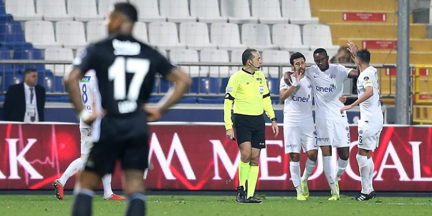 Beşiktaş Kasımpaşa deplasmanında hezimete uğradı.