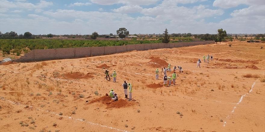 Libya'nın Terhune Kentinde Beş Yeni Toplu Mezar Bulundu