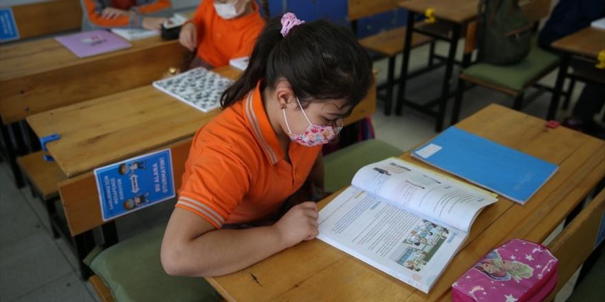 Okullarda Yüz Yüze Eğitimde Üçüncü Aşama 2 Kasım Pazartesi Başlıyor