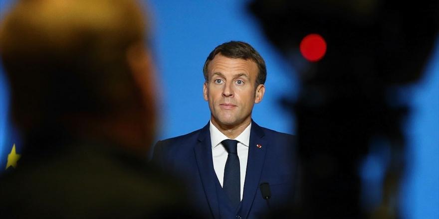 Fransa'ya Tepkiler Büyüyor