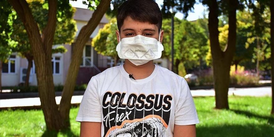 Kovid-19'u Atlatan 10 Yaşındaki Yusuf: Bu Hastalığın Yaşı Yok