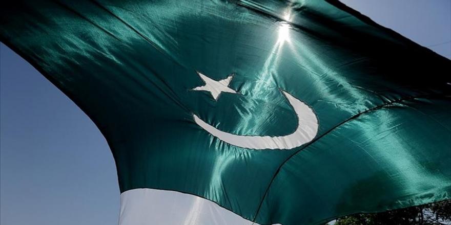 Pakistanlı Siyasetçiler Ve İlim İnsanları Fransız Mallarına Boykot Çağrısı Yaptı