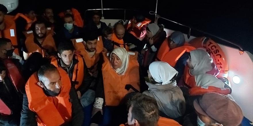 Türk Kara Sularına Geri İtilen 67 Yabancı Uyruklu Kurtarıldı